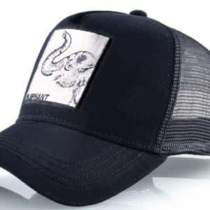 כובע עם ריקמה חיות הפיל השחור
