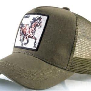 כובע חיות הסוס הדוהר ירוק